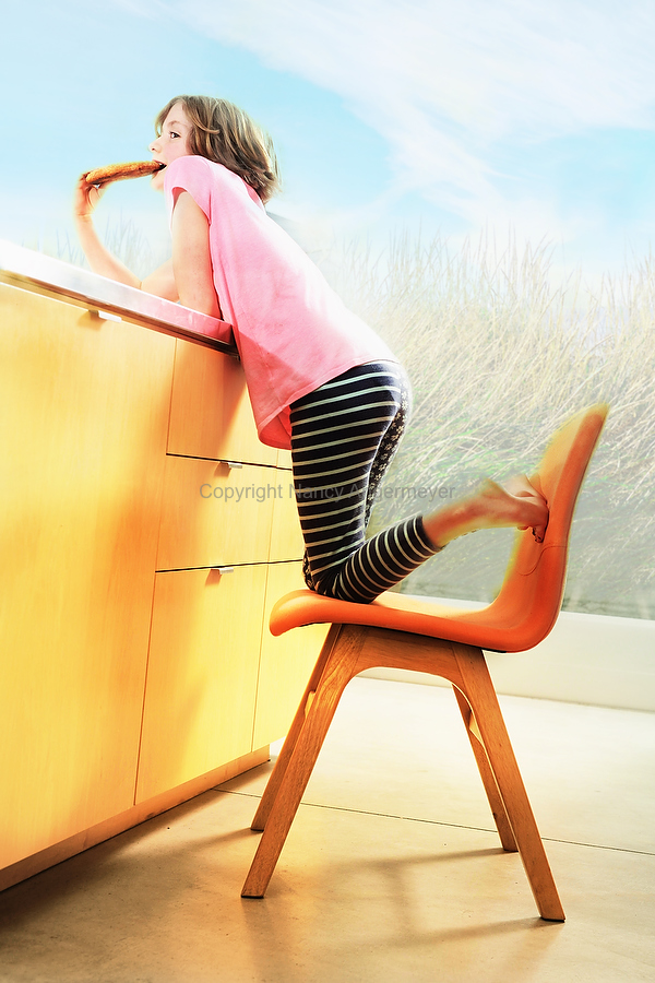 angermeyer_photography_girl-on-blue-chair0