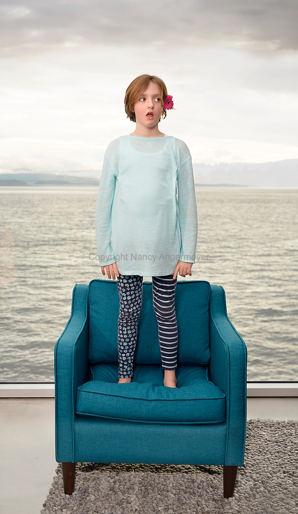 angermeyer_photography_girl-on-blue-chair8